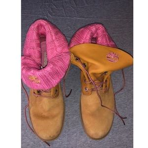 timberland boots with pink knitting